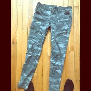 Pants - Camo skinny jeans( 3 for $10)
